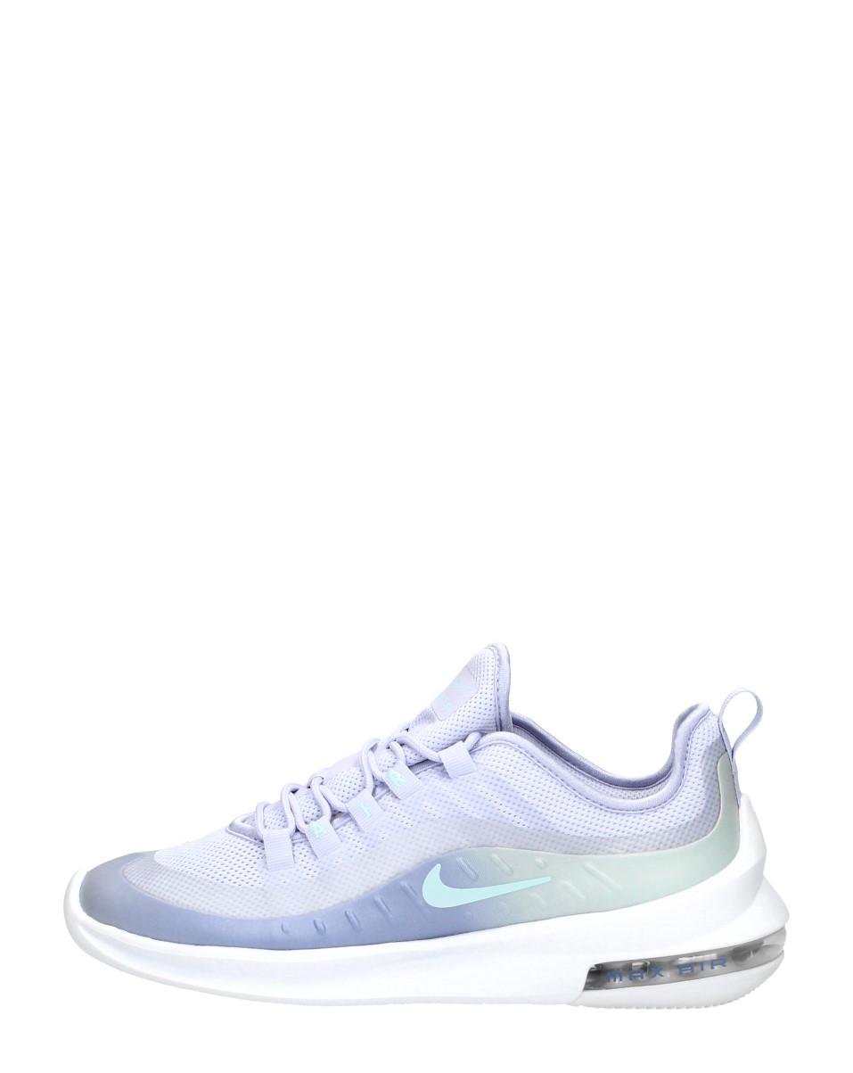Nike – Air Max Axis Premium
