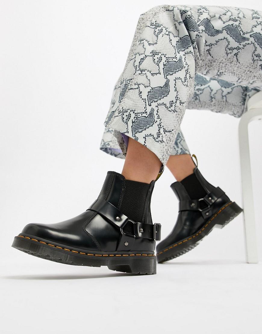 Dr Martens – Wincox – Zwarte leren Chelsea boots met een dikke zool en gespen