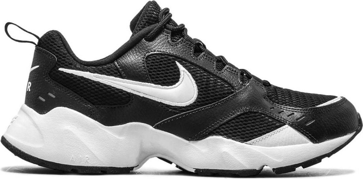 Nike Air Heights Heren Sneakers – Black/White – Maat 8.5